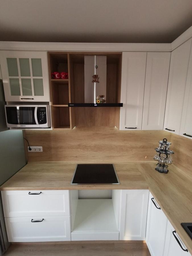 Белый кухонный гарнитур-Кухня МДФ в эмали «Модель 95»-фото2