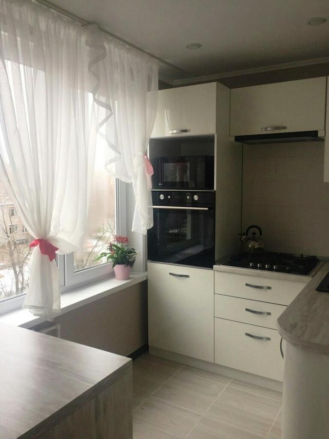 Белый кухонный гарнитур-Кухня из пластика «Модель 384»-фото2