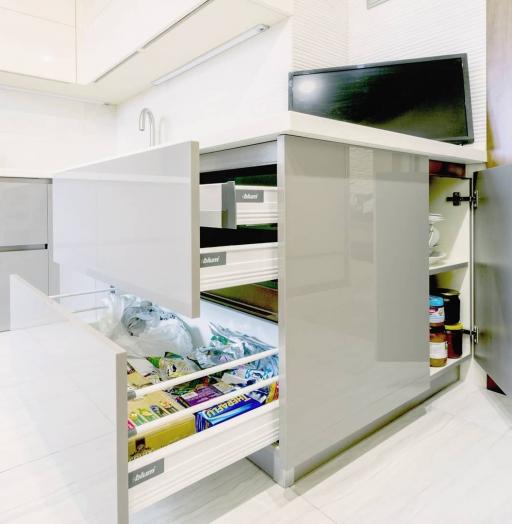 Белый кухонный гарнитур-Кухня МДФ в ПВХ «Модель 615»-фото7